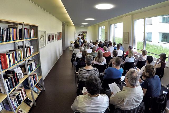 Bibliothek / Artothek Meggen