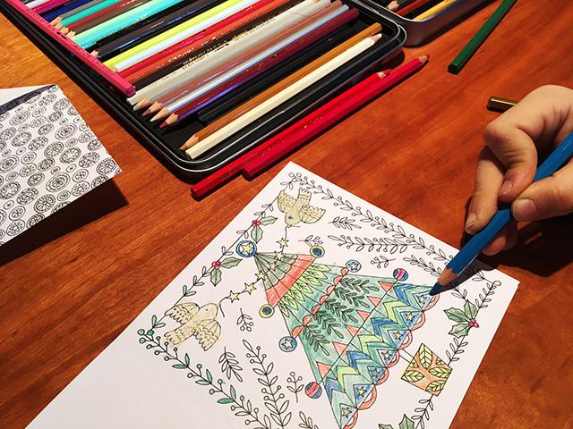 Rebecca Jones / Farbenfrohe Weihnachtspost