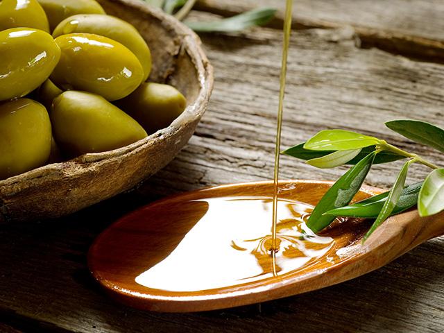 Tom Hillenbrand / Tödliche Oliven